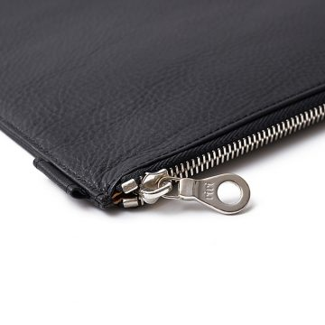 Black-Folio-Laptop-Sleeve-Zip-1