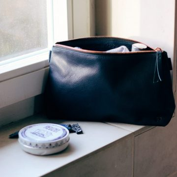 Navy Leather Washbag