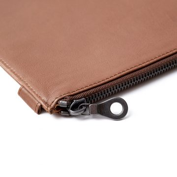 Tan-Folio-Laptop-Sleeve-Zip-1