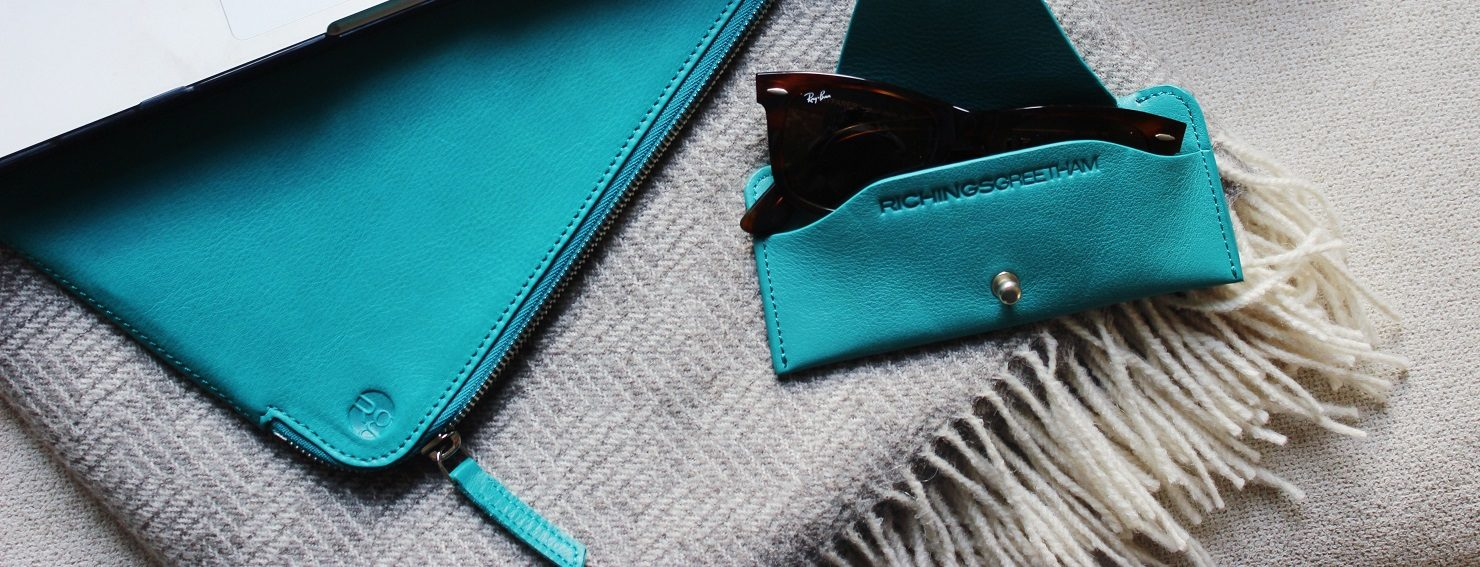 Richings Greetham Teal Soft Glasses Case & Folio